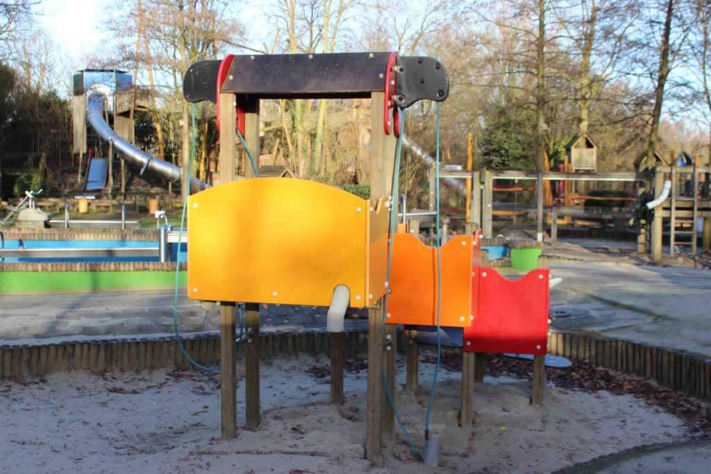 speeltoestel-met-buizen-1024x683